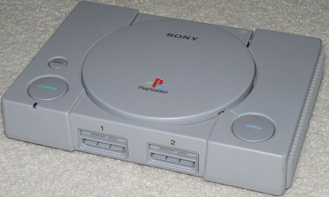 Archivo:PlayStationConsole.jpg