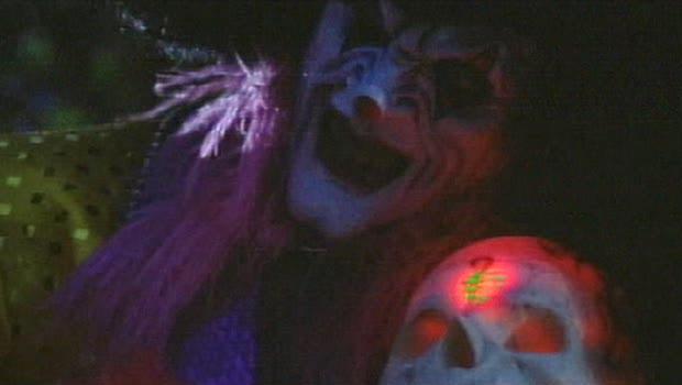 File:Killjoy with a voodoo skull.jpg