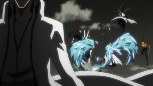 File:489px-Aizen cuts down attackers.png