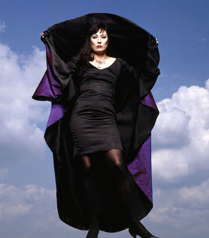 File:The Grand High Witch of All the World.jpg