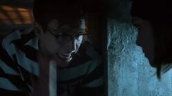 Gotham 2x20 Edward Nygma Escapes from Arkham