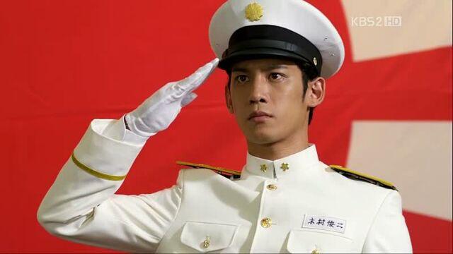 File:Officershunji.jpg
