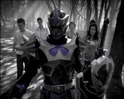 SerieTV-ITA-Power-Rangers-Mystic-Force-1x19-Desiderio-Oscuro-Parte2.avi 000450760
