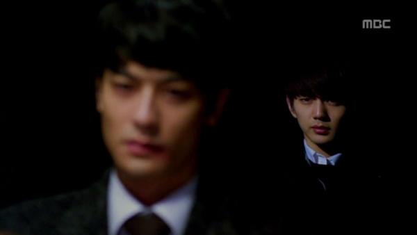 File:Hyungjooninblack.jpg
