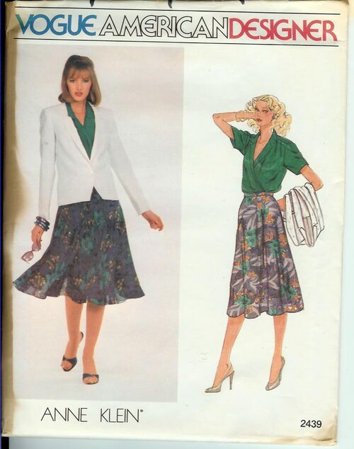 2439V-1980s-Anne-Klein-Suit