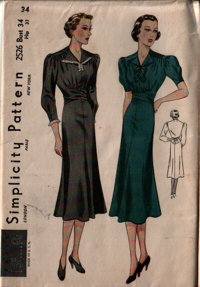 Simplicity 2526 front