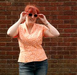 Sunglasses-pose
