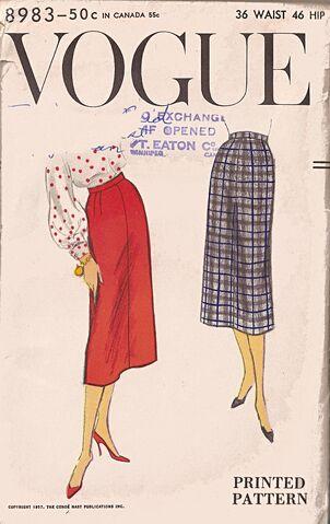 File:Vogue8983.jpg