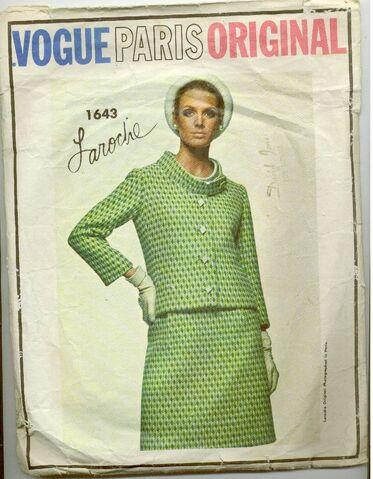 File:Vogue1643.jpg