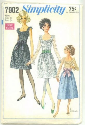 Simplicity 7902 front