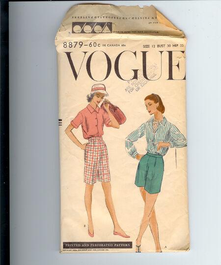 Vogue 8879