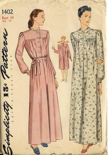 1402s 19xx Nightgown