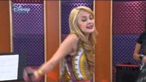 Violetta 2 - Dangerously Beautiful (Peligrosamente Bellas) English - Episode 35
