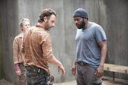 Carol Rick and Tyreese 4x03