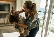 AMC 210 Alicia Killing A Walker