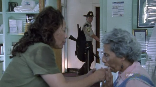 File:Walking dead season 1 episode 4 vatos (18).png