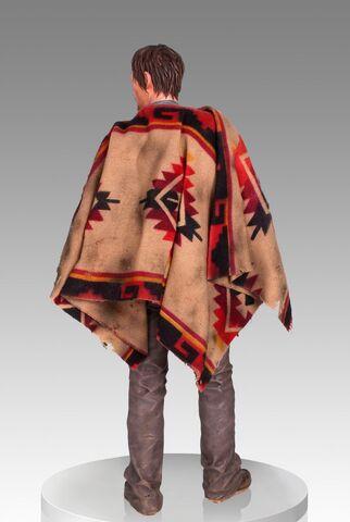 File:Daryl Dixon Statue 3.jpg