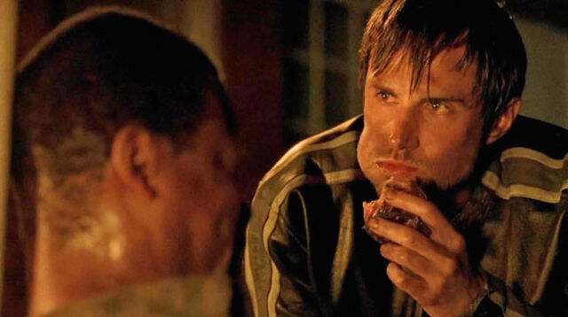 File:Gareth eating meat 5x02.jpg