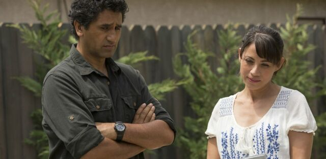 File:Elizabeth-Rodriguez-stars-as-Liza-Ortiz-in-EPisode-4-of-AMCs-Fear-The-Walking-Dead-900x440.jpg