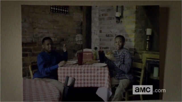 File:5x09 Noah With His Brother 2.png