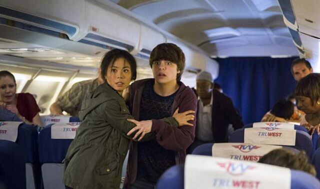 File:Alex and Jake Flight 462.jpg