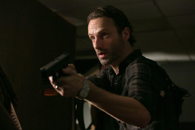 File:Walking-Dead-308-02.jpg