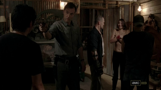 File:Glenn, The Governor, Merle, Maggie and Caesar 3x07.png
