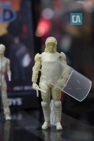 File:Riot Shield Glenn Prototype Figure.jpg