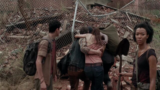 File:The Walking Dead S03E08 0216.jpg