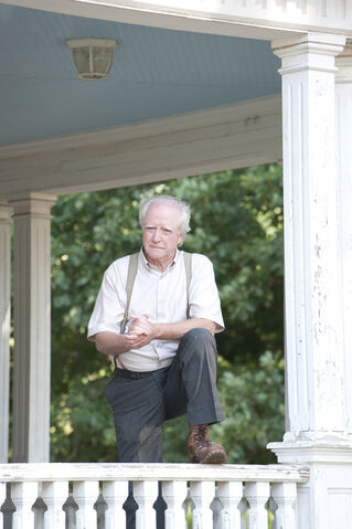 File:Hershel Greene Season Two.jpg