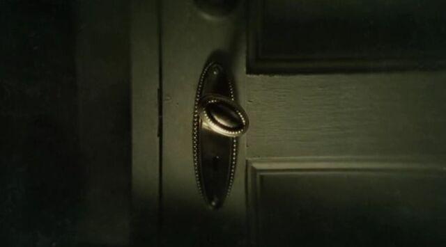 File:Door knob.jpg