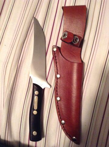 File:Schrade Deerslayer Knife.JPG