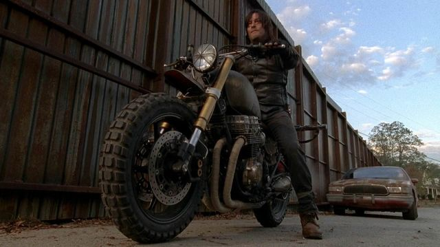File:Take-a-closer-look-at-daryl-s-new-wheels-in-the-walking-dead-308874.jpg