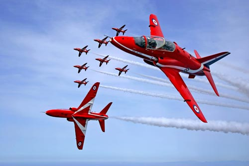 File:Red arrows.jpg