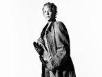 The-walking-dead-season-7-carol-mcbride-gallery-800x600