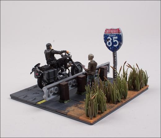 File:Daryl Dixon with Chopper (The Walking Dead TV) McFarlane Building Set 2.jpg