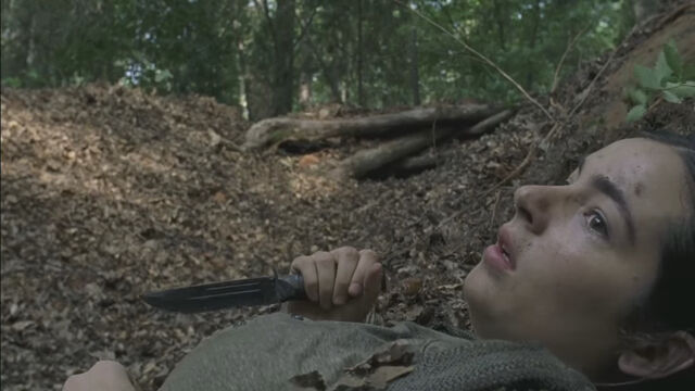 File:Tara in Season 7 Trailer.jpg