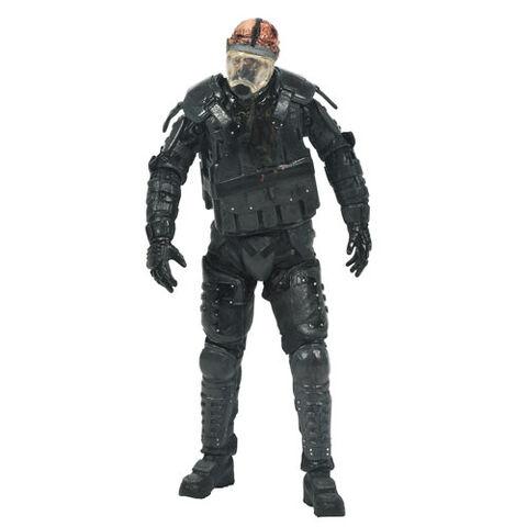 File:Walking dead series 4 riot mask.jpg
