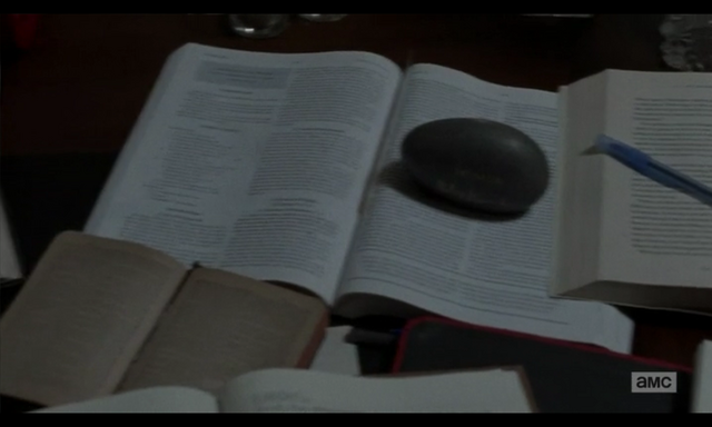 File:5x02 Holy Stuffs 1.png