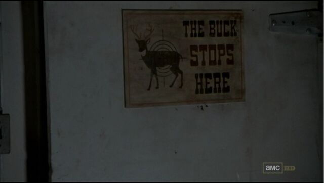 File:Deer Cooler 2.jpg