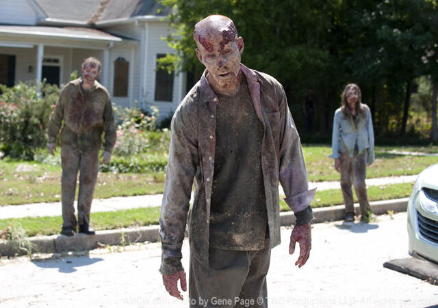 File:Episode-6-walkers-street.jpg