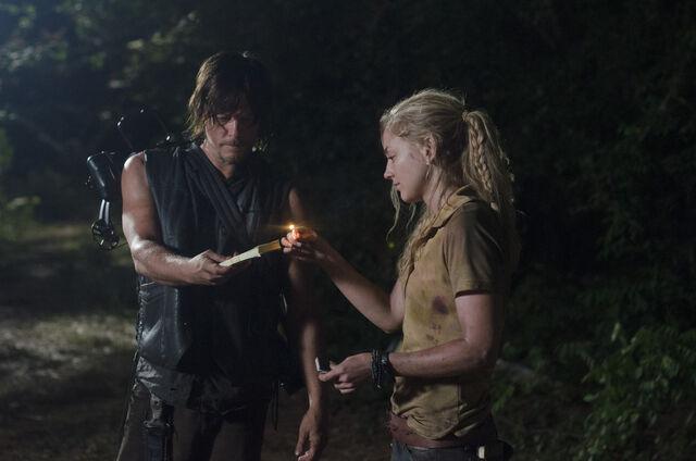 File:Beth and Daryl in Still, Lighting Fire ♪.jpg