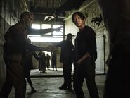 The-Walking-Dead-6Set2014-4