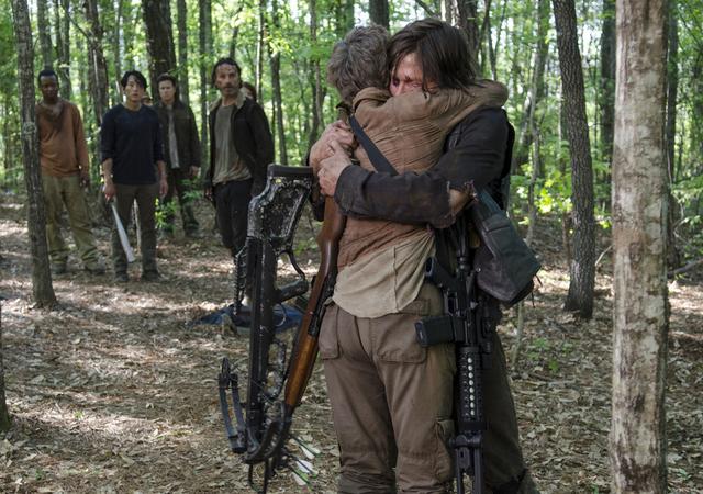 File:AMC NS Daryl and Carol Hug.png