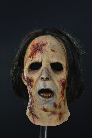 File:Suit Walker Zombie Mask 7.jpg