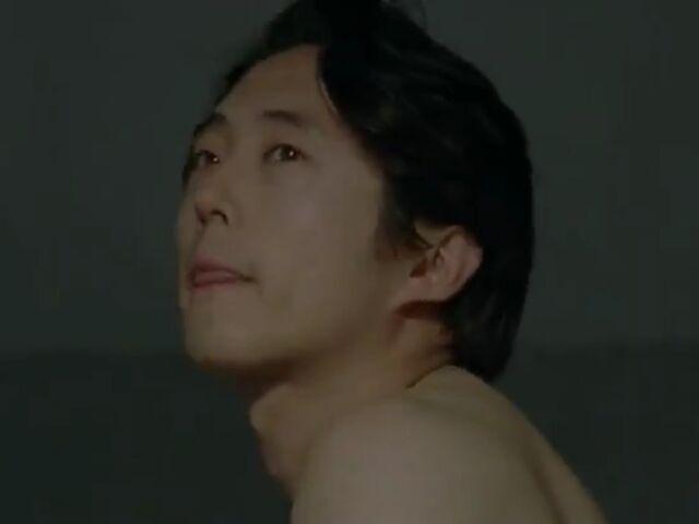 File:Glenn shirtless2.jpg