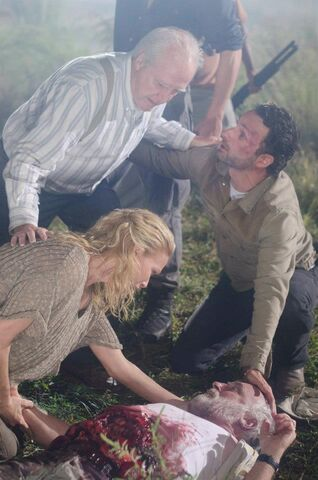 File:Episode-11-dale-wounded.jpg