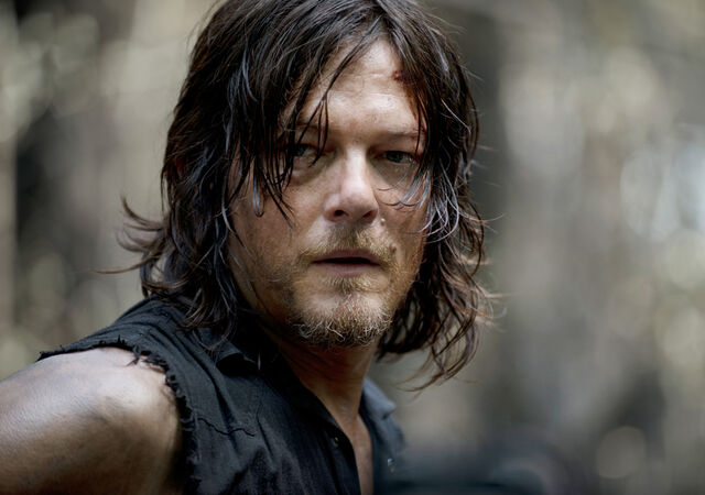 File:The-walking-dead-season-6-first-look-daryl-reedus-935.jpg
