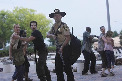 File:The-Walking-Dead-Season-1-Episode-5.jpg