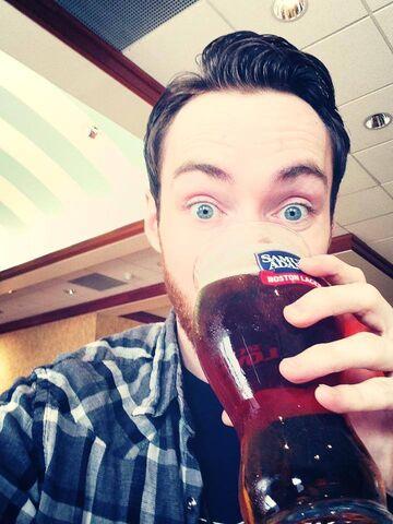File:Alex Wayne Drinking.jpg
